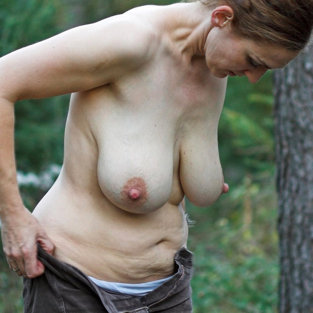 Saggy Tits Galery